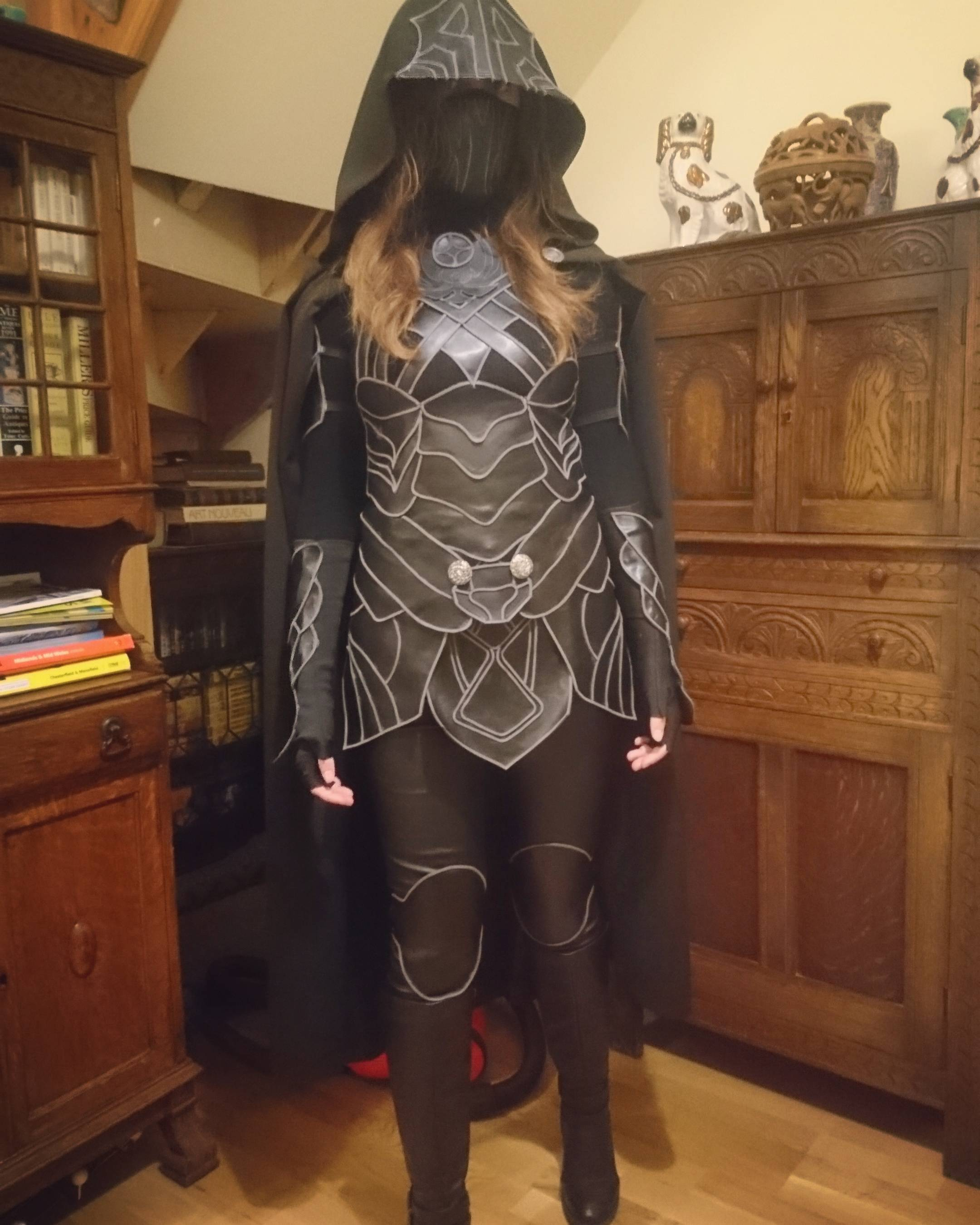 nightingale armour - skyrim cosplay - cosplaywon
